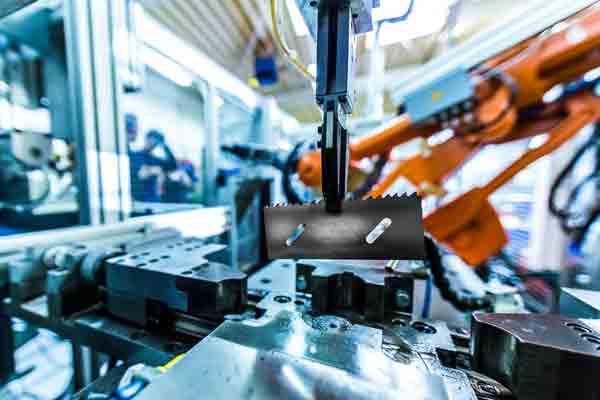 Billede af de nyeste teknologier og præcist brugerdefineret arbejde